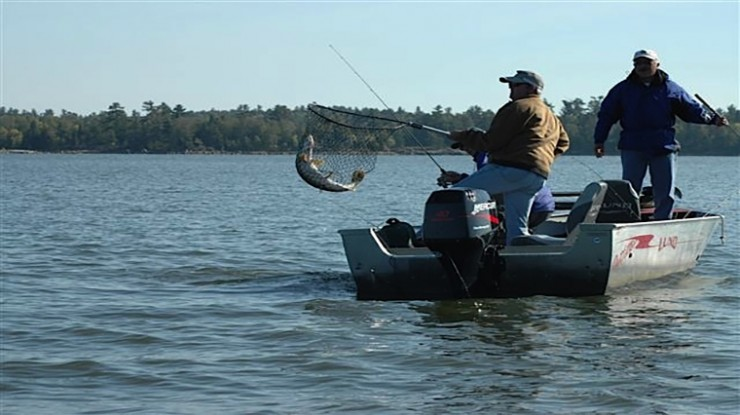 Canada fishing trips lake of the woods ontario for Fishing in ontario canada